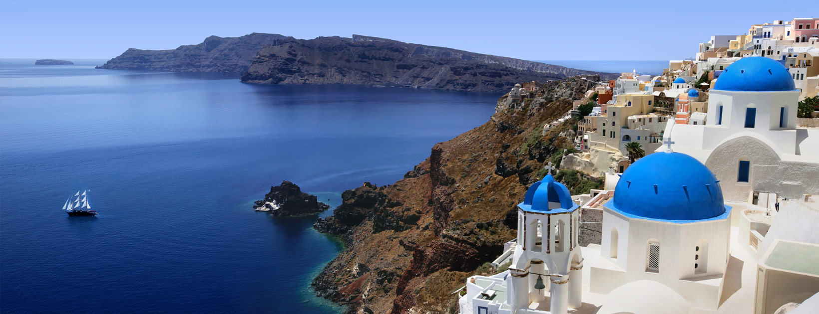 Armeni village rooms suites in santorini suites in oia for Casas en islas griegas