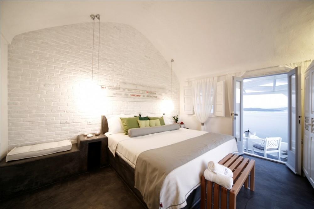 Armeni Village Rooms & Suites in Santorini, Oia - Junior